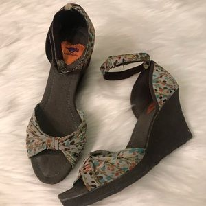 Rocket Dog Multi-Color Wedge Sandals Ankle Strap